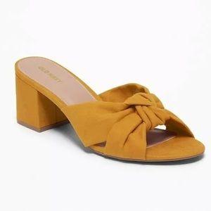 Old Navy Faux Suede Block Heel Sandals Mustard 8